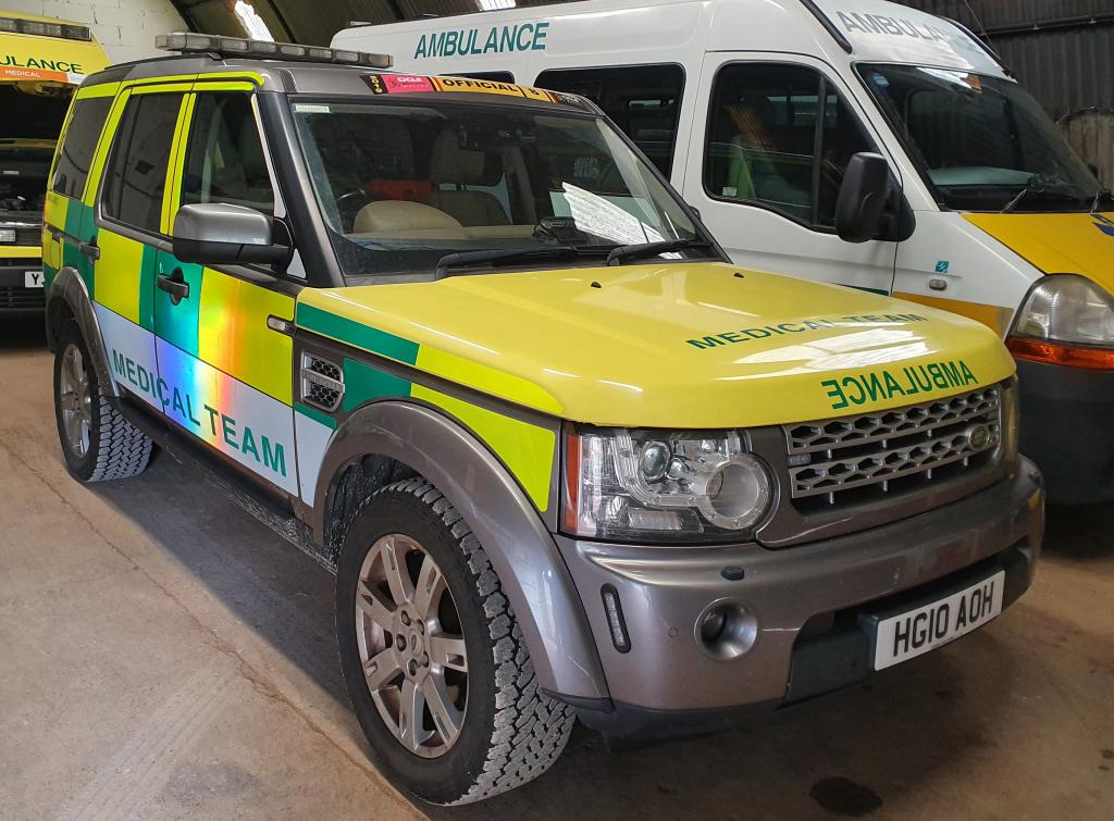 Discovery 4 4x4 Ambulance